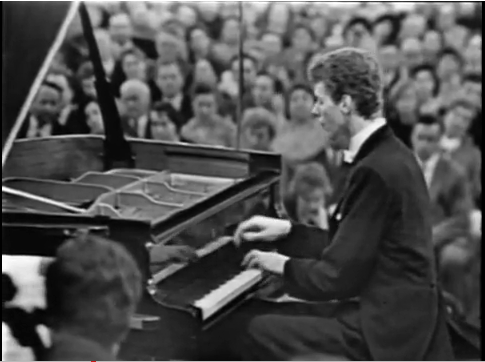 Van Cliburn Playing Tchaikovsky
